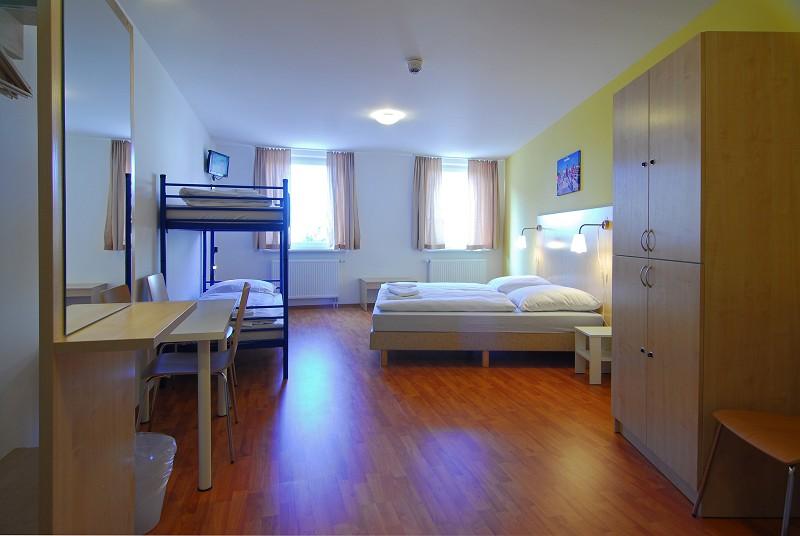 A Amp O Hostel Amp Hotel Berlin Friedrichshain F 252 R