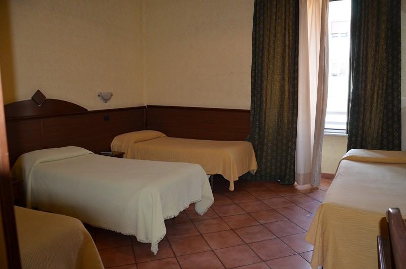 Hotel tre stelle rom f r klassenfahrten und gruppen for Hotel tre stelle barcellona